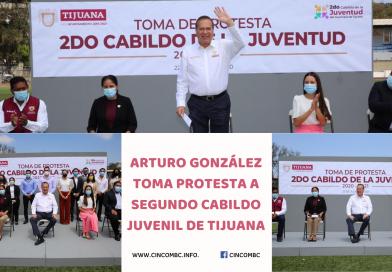 ARTURO GONZÁLEZ TOMA PROTESTA A SEGUNDO CABILDO JUVENIL DE TIJUANA