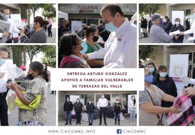 ENTREGA ARTURO GONZÁLEZ APOYOS A FAMILIAS VULNERABLES DE TERRAZAS DEL VALLE